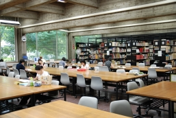 library_img01