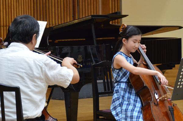 早期教育2015チェロ02岡野 桜子さん