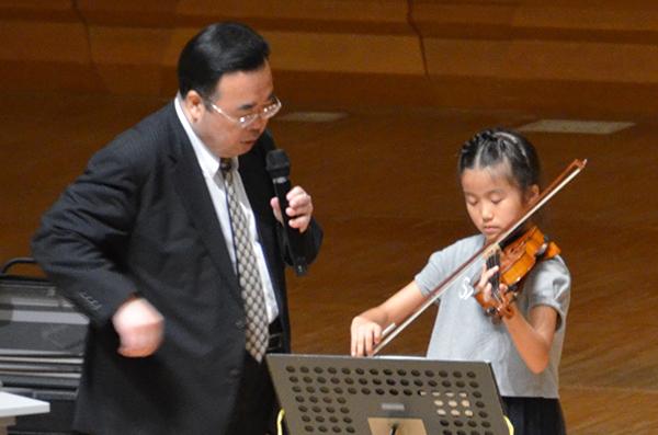 早期教育2015ヴァイオリン02下水流 杏佳さん