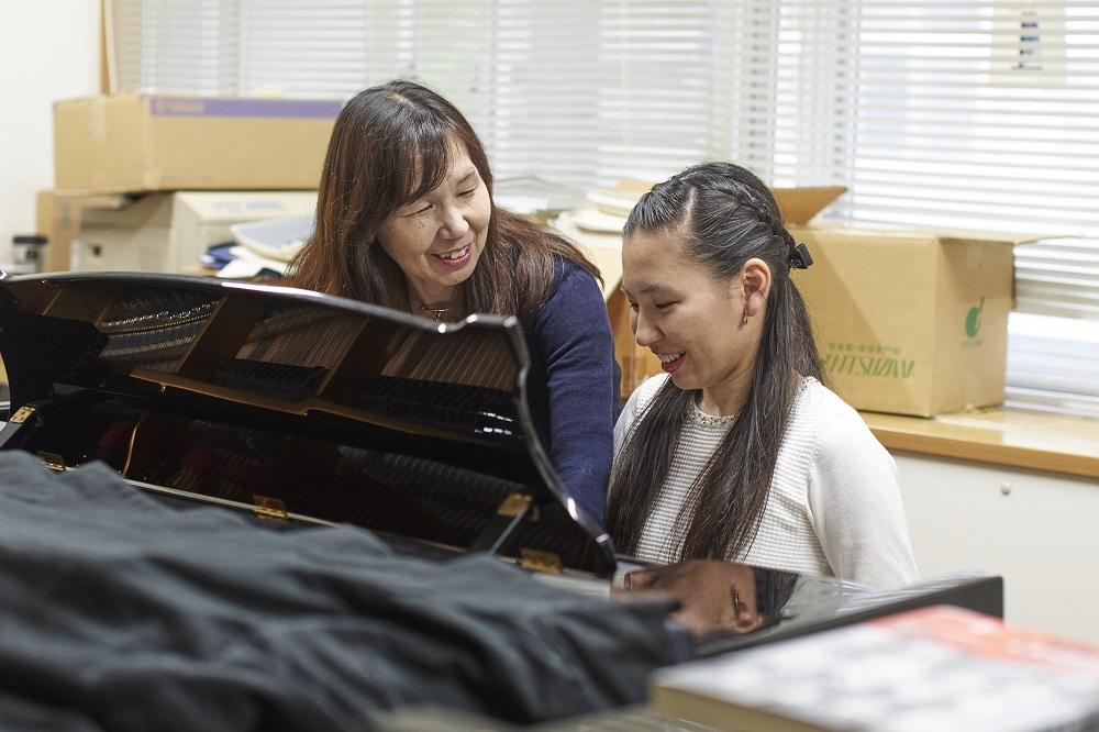 藝大生の親に生まれて - 第二回 遠藤亜弓さん(音楽学部ピアノ科2年遠藤環さんのお母様)